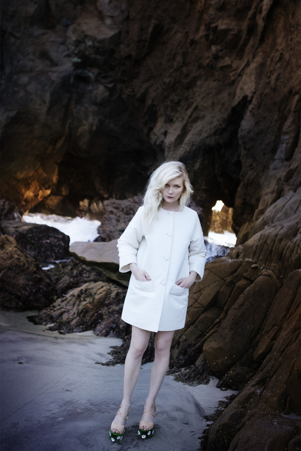 Съёмка: Кирстен Данст для итальянского Vogue. Изображение № 1.