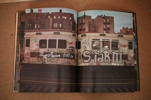 Не ждали: 8 альбомов о стрит-арте. Изображение № 49.