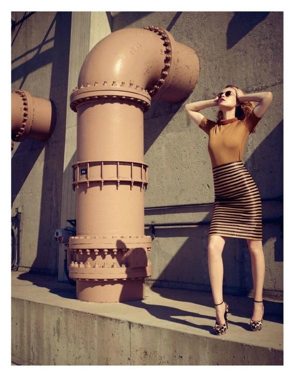 Съёмка: Жиневье ван Синус для Bergdorf Goodman. Изображение № 17.