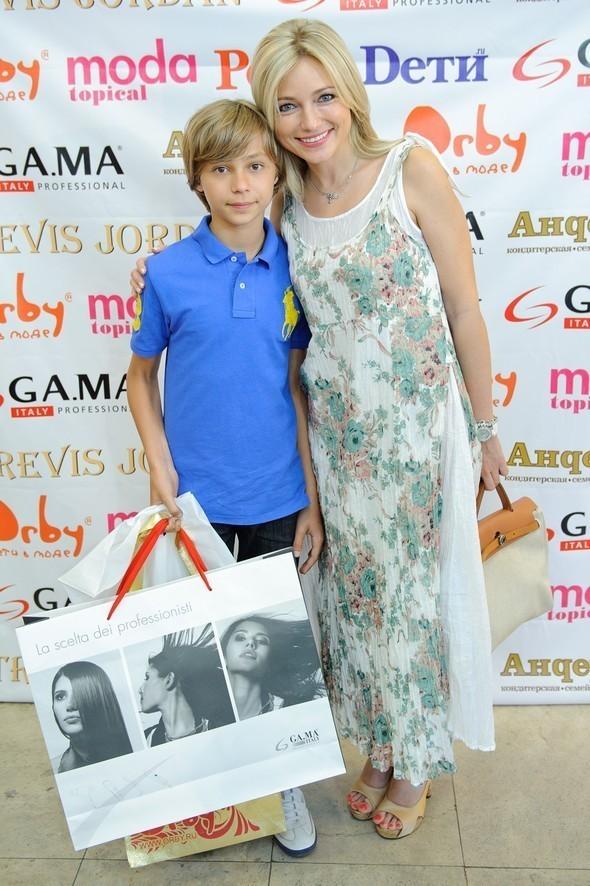 Изображение 36. Премию «Мама года» получили звезды и не только!  .. Изображение № 36.