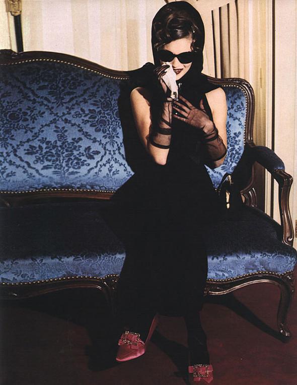Архивная съёмка: Кейт Мосс для итальянского Vogue, 1992. Изображение № 4.