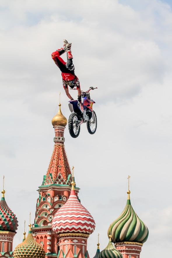 Адреналиновый шторм в Москве. Изображение № 2.