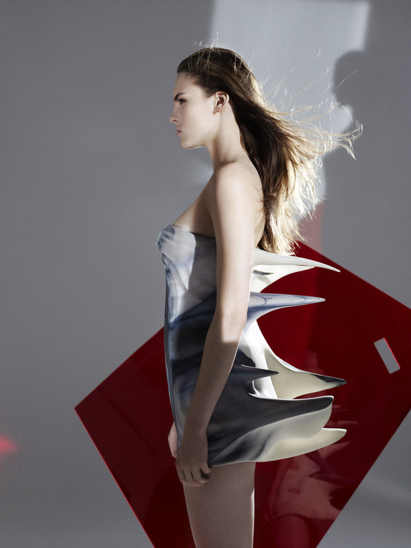 Urban Mobility by Hussein Chalayan FW 2011. Изображение № 9.