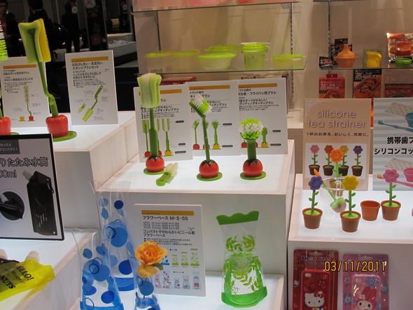 Tokyo designers week 2011: тренды и новые удивительные открытия. Изображение № 3.