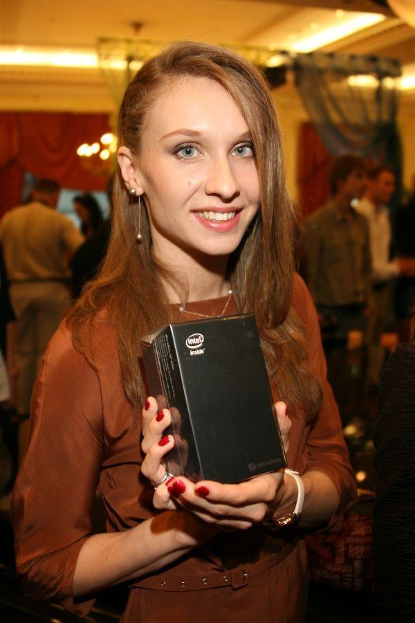 Презентация смартфона МегаФон Mint. Изображение № 8.