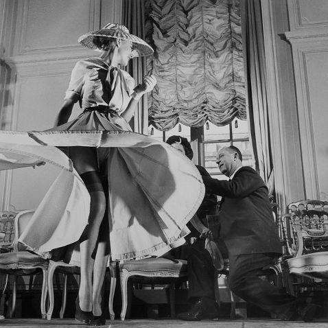 Занимательная история Christian Dior. Изображение № 2.