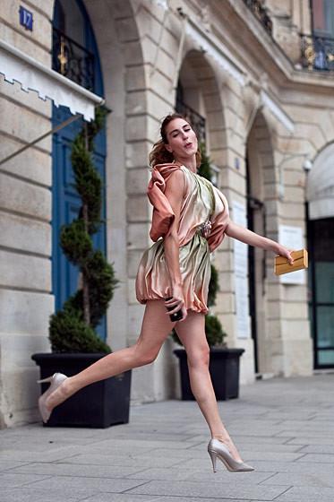 Уличный стиль на Неделе высокой моды в Париже. Изображение № 50.