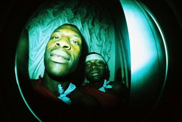 Этовам неигрушки! ИлиЛомография наФотоярмарке'09. Изображение № 15.