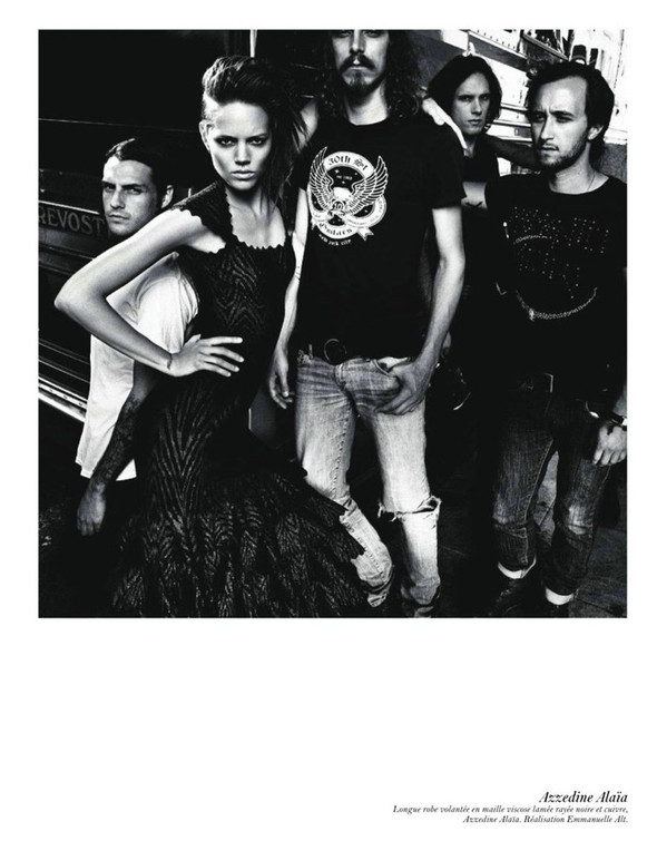 Съёмка: Аризона Мьюз, Лара Стоун, Наташа Поли и другие модели во французском Vogue. Изображение № 35.