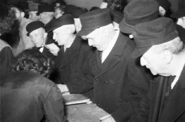 100 лет выборов в документальных фотографиях. Изображение № 13.