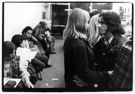 Make love, notwar. Изображение № 27.