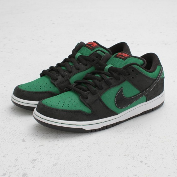 Nike SB Dunk Low Premium Pine Green Woodgrain. Изображение № 5.