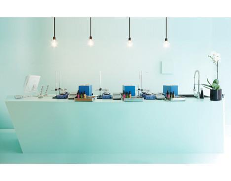 Дизайн-дайджест: Календарь Lavazza, проект Ранкина и Херста и выставка фотографа Louis Vuitton. Изображение № 70.