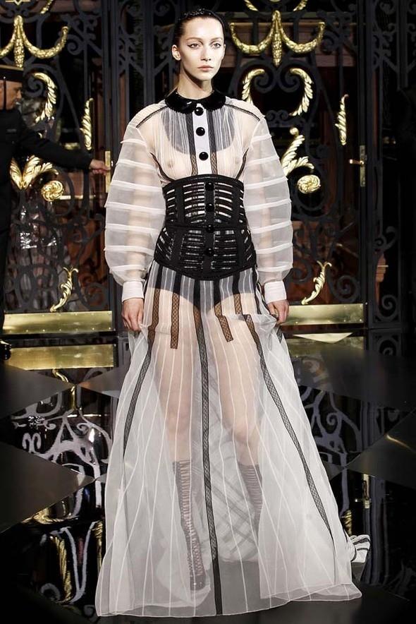 Изображение 43. Louis Vuitton Fall 2011.. Изображение № 43.