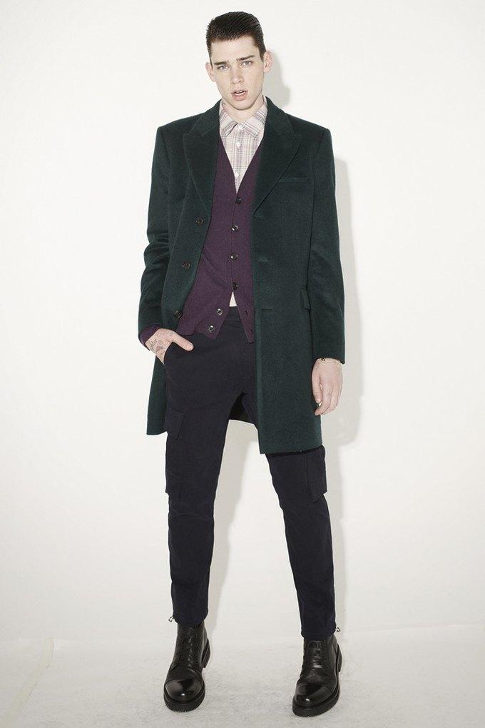 Marni и Marc Jacobs выпустили новые лукбуки. Изображение № 31.