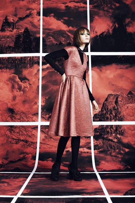 Вышли предосенние лукбуки Dior, Giles и Philosophy. Изображение № 30.