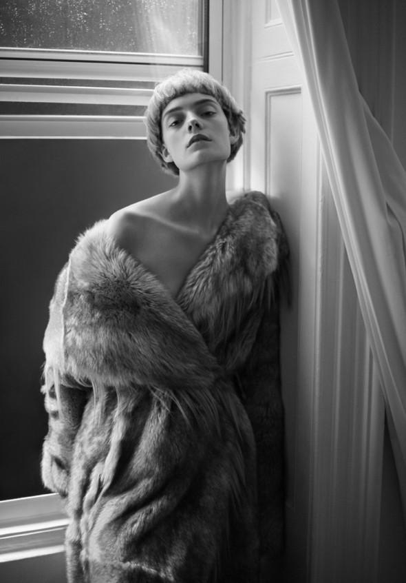 Съёмка: Нимуэ Смит для The Room. Изображение № 13.
