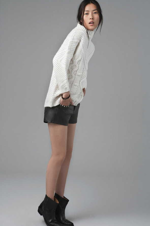 Лукбуки: H&M, Zara, Urban Outfitters и другие. Изображение №155.
