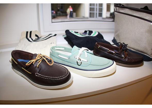 Изображение 16. Летняя мужская обувь: мокасины, лоферы, топ-сайдеры.. Изображение № 16.