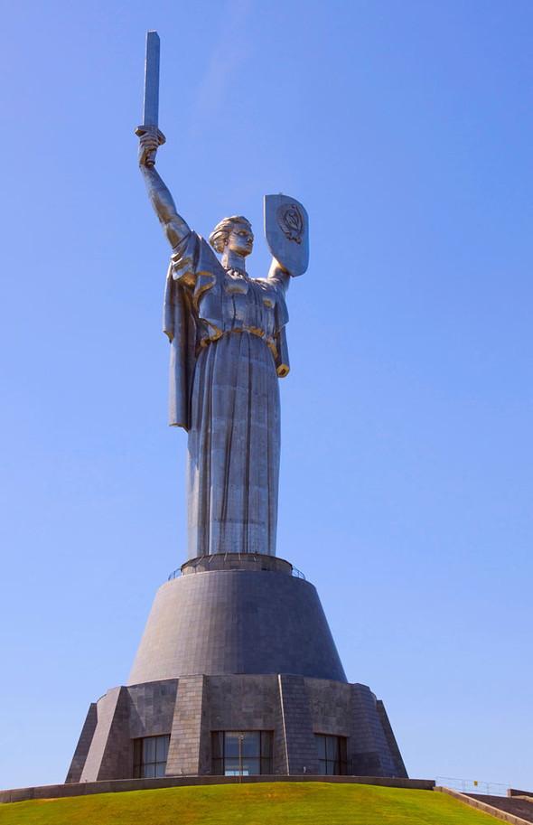 Померялись длиной: самые высокие статуи в мире. Изображение № 7.