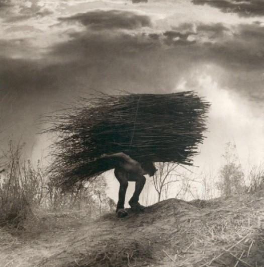 Изображение 71. Восемь фотографов сюрреалистов.. Изображение № 46.