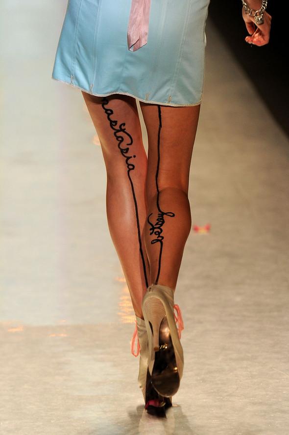 New York Fashion Week: Betsey Johnson Spring 2012. Изображение № 24.