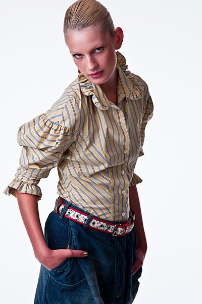 Лукбук: Vivienne Westwood Anglomania SS 2012. Изображение № 3.