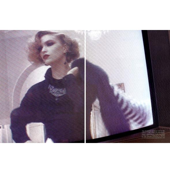 Изображение 52. Съемки: Harper's Bazaar, Metal, V и Vogue.. Изображение № 46.