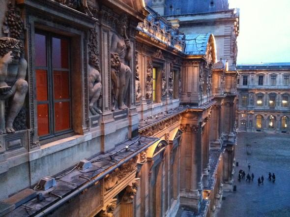 День в Лувре. Изображение № 1.