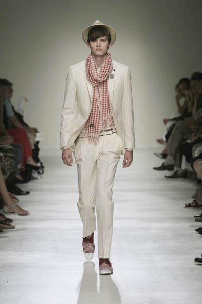Moschino : шутник ихулиган итальянской моды. Изображение № 21.