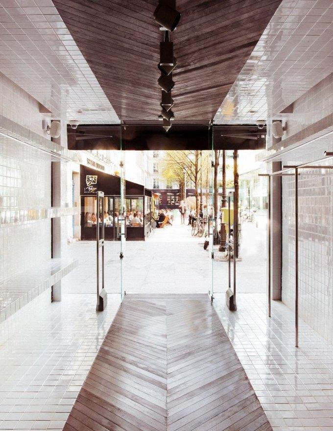 Loewe, Louis Vuitton и MM6 открыли новые магазины. Изображение № 16.