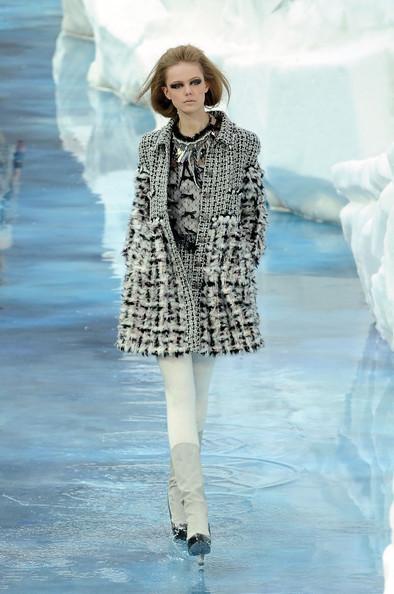 Ледяное шоу от Chanel. Изображение № 17.