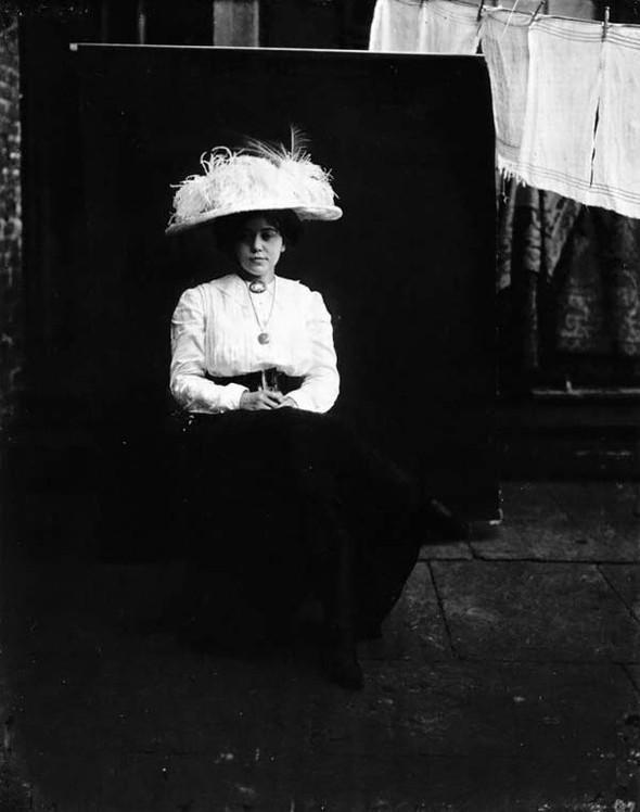 Фотосессия жриц любви 1912 года. Изображение № 18.