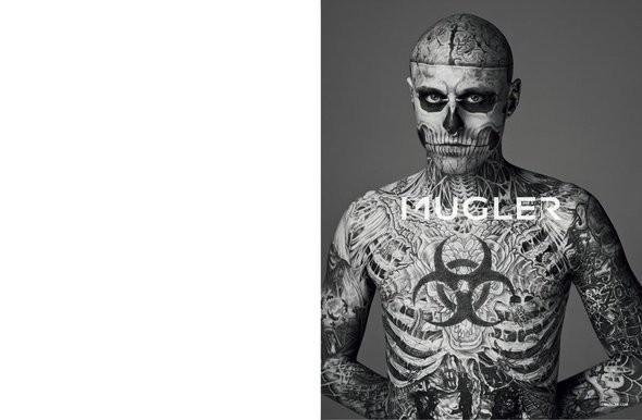 Изображение 2. Мужские рекламные кампании: Mugler, Versace и другие.. Изображение № 21.