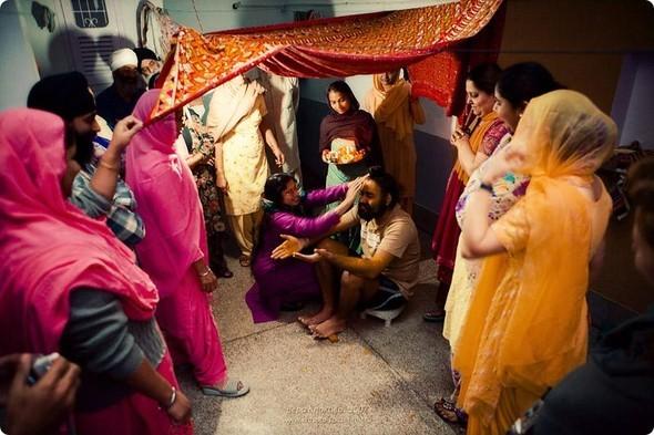 Надя иЧаранджит – Индийская сказка. Изображение № 33.