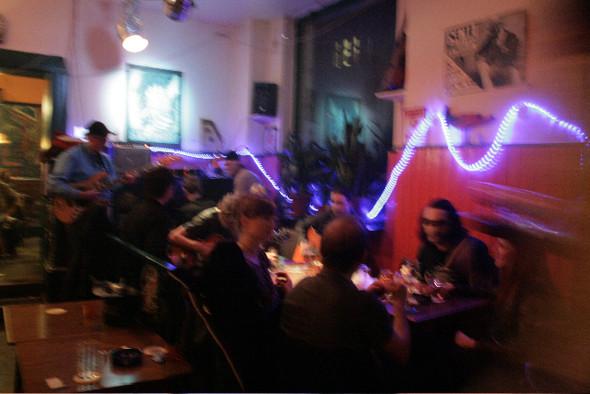 Изображение 10. Berlin never sleeps. Полуночные и ночные развлечения.. Изображение № 11.