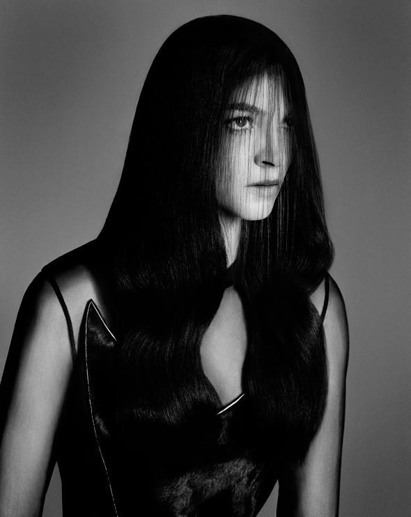 Съёмка: Мариакарла Босконо для Bergdorf Goodman. Изображение № 7.