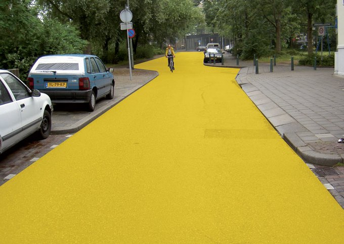 Улица в Схидаме (Нидерланды), которую «раскрасил» Хофман. Изображение № 5.
