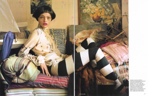 Magazine: Vogue UKJanuary 2007. Изображение № 3.
