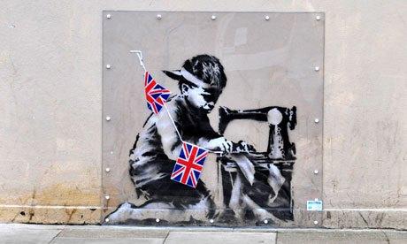 Лондонцы требуют вернуть вырезанную из стены работу Бэнкси. Изображение № 1.