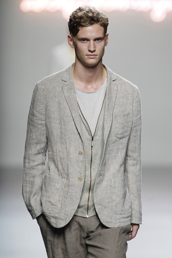 Madrid Fashion Week SS 2012: Adolfo Dominguez. Изображение № 4.