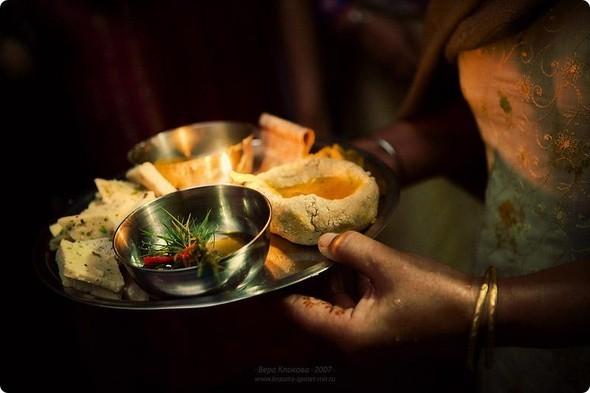 Надя иЧаранджит – Индийская сказка. Изображение № 27.