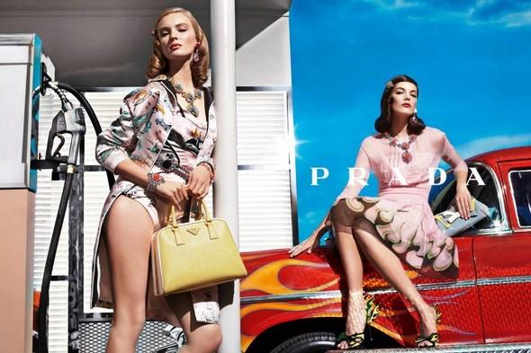 Кампания: Prada SS 2012. Изображение № 5.