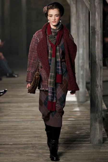 В Шотландии прошел предосенний показ Chanel. Изображение № 8.
