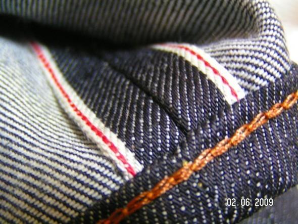 2 Men Jeans, Two Women In The World – идеальная пара найдена. Изображение № 19.