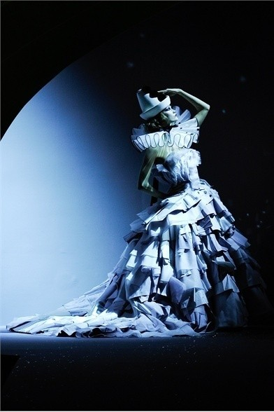 Показ коллекции Сhristian Dior Haute Couture FW 2011. Изображение № 4.