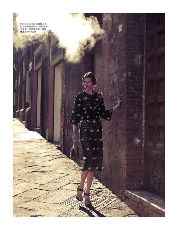 Съёмки: Playing Fashion, Schon, Vogue и другие. Изображение № 19.