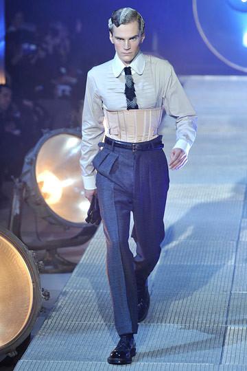 Неделя моды в Париже: мужские показы. Изображение № 55.