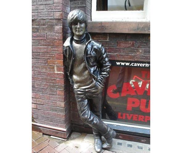 Фестиваль в честь юбилея Леннона. Изображение № 1.