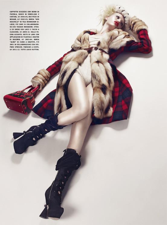 Съёмка: Дафне Гренвельд для Vogue. Изображение № 7.